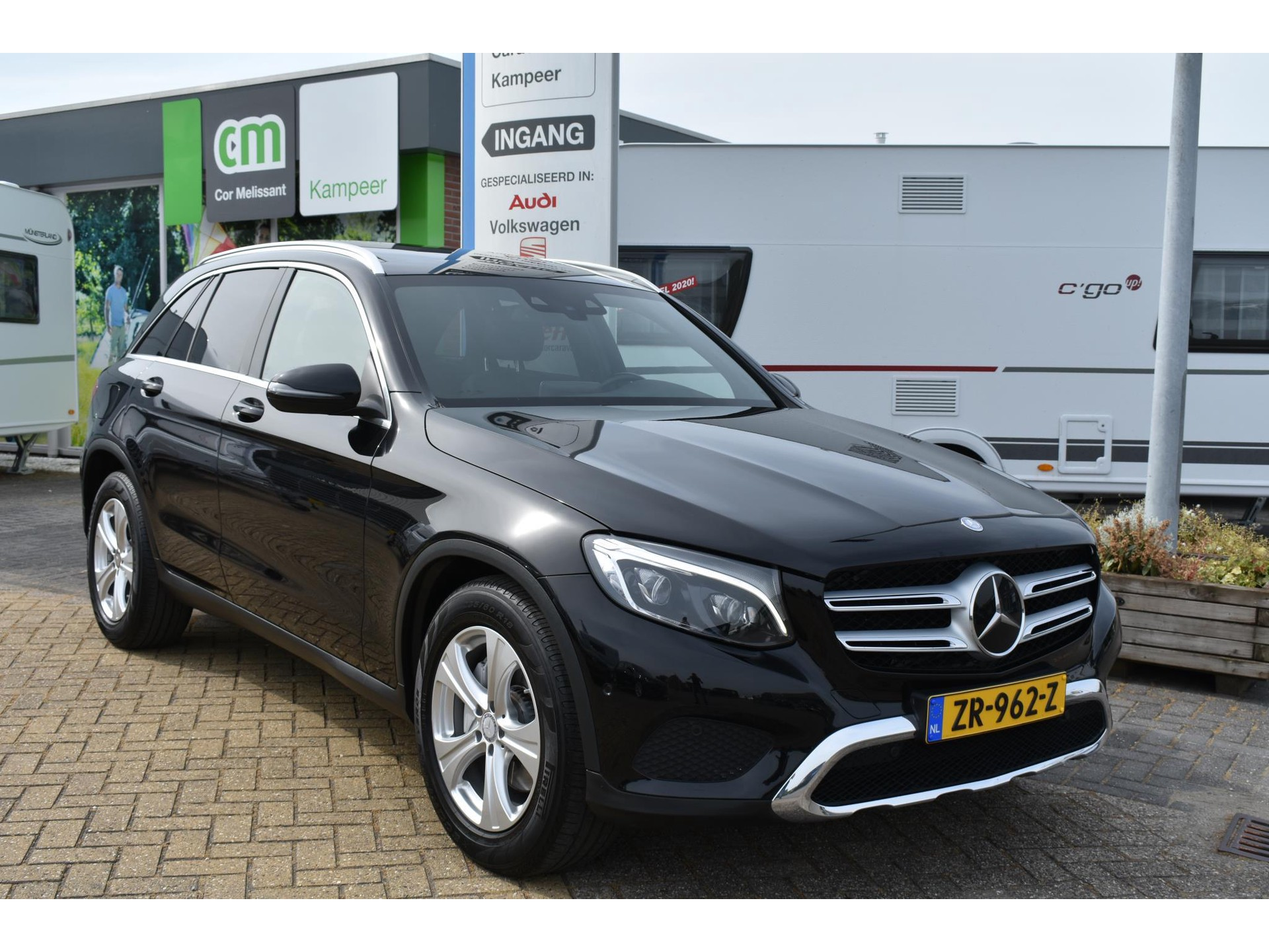 Mercedes-Benz GLC-Klasse 250 4MATIC PANO/LED/NAVI/TREKHAAK